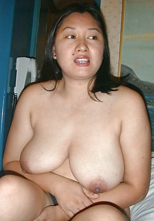 Asian Wife Boobs Pics