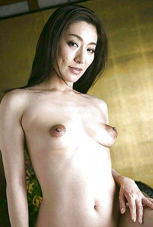 Asian Mom Porn Pics