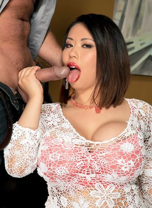 Asian Huge Boobs Pics